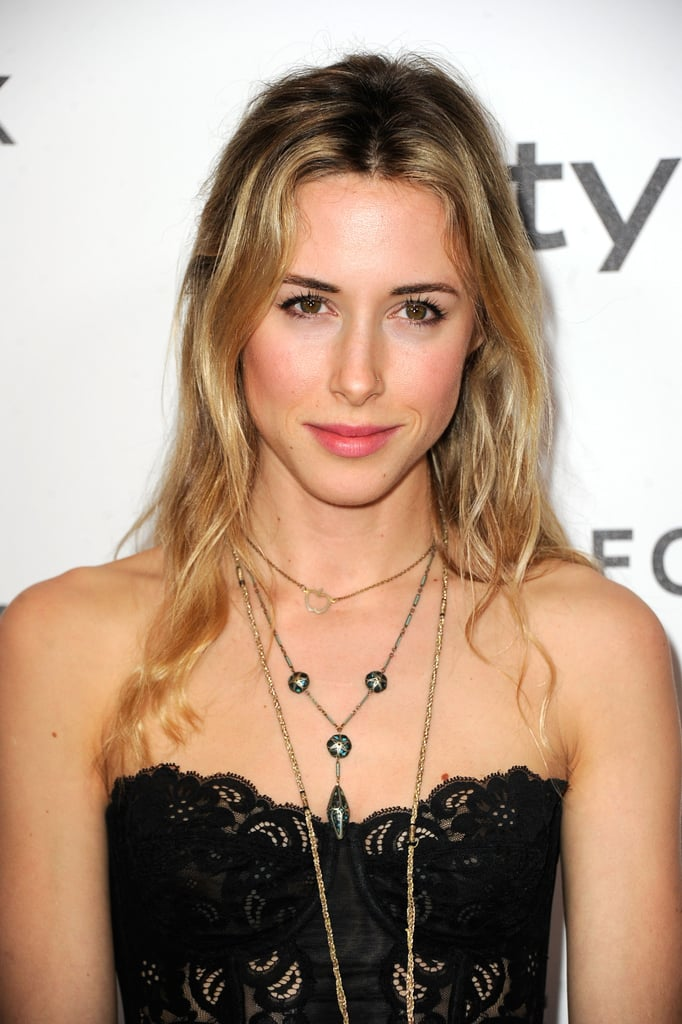 How tall is Gillian Zinser?